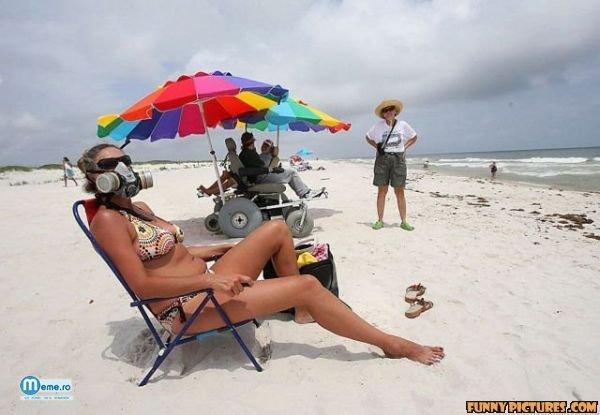 Masca de gaze la plaja