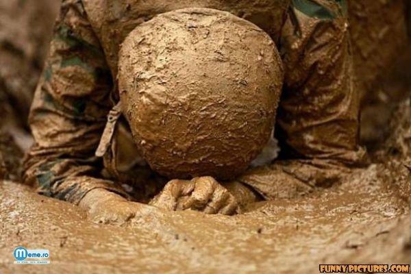 Soldat care se roaga