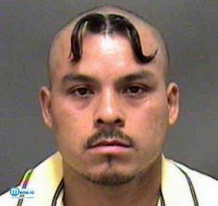 Freza mustata